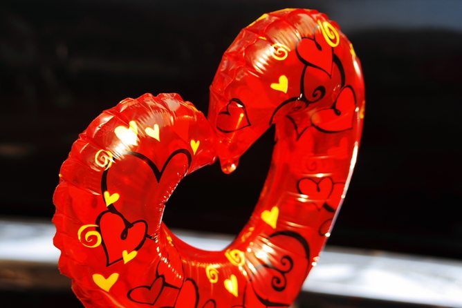 Love can soon deflate if one partner seeks alternatives. Flickr/Esparta Palma, CC BY